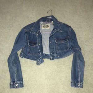 Super cropped jean jacket!